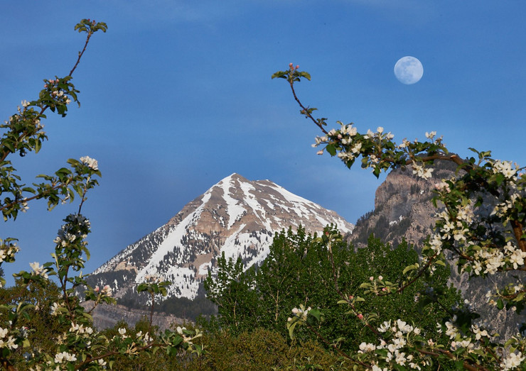 mountains 3.jpeg