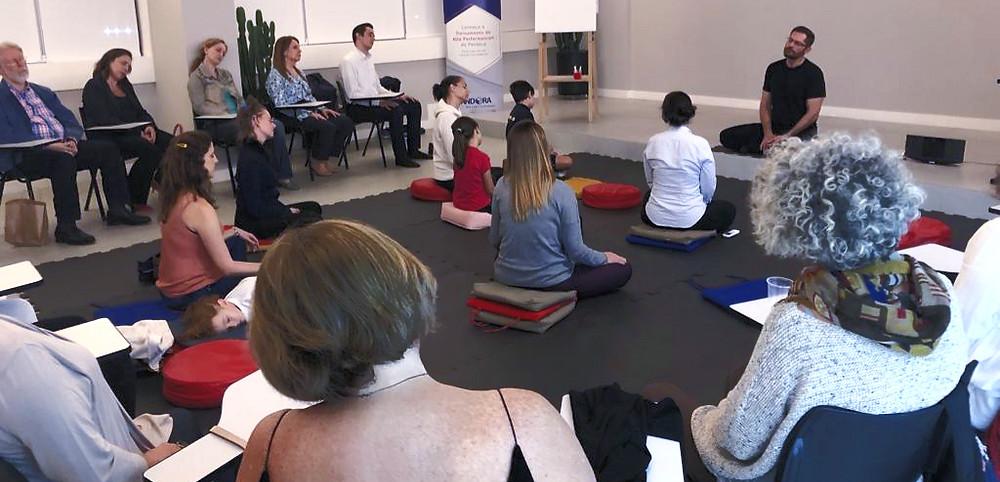 postura física da meditação