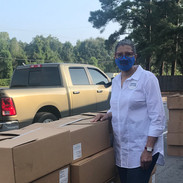 Candidate Jannie Cotton at the NZGWC & Arkansas Food Bank Food Giveaway