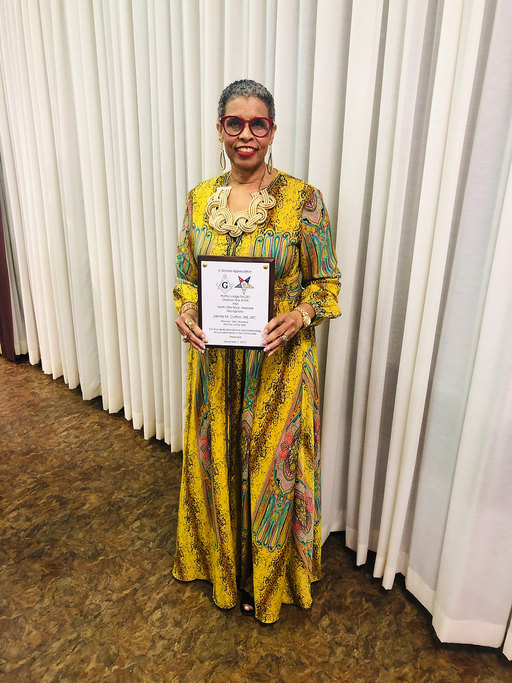 "Candidate Jannie Cotton wins the 2019 Monroe ""Billy"" Murdock Woman of the Year"