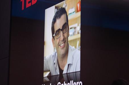 ¿Cómo hace una charla TED?