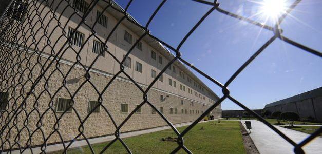 Charla de motivación basada en Storytelling para presos