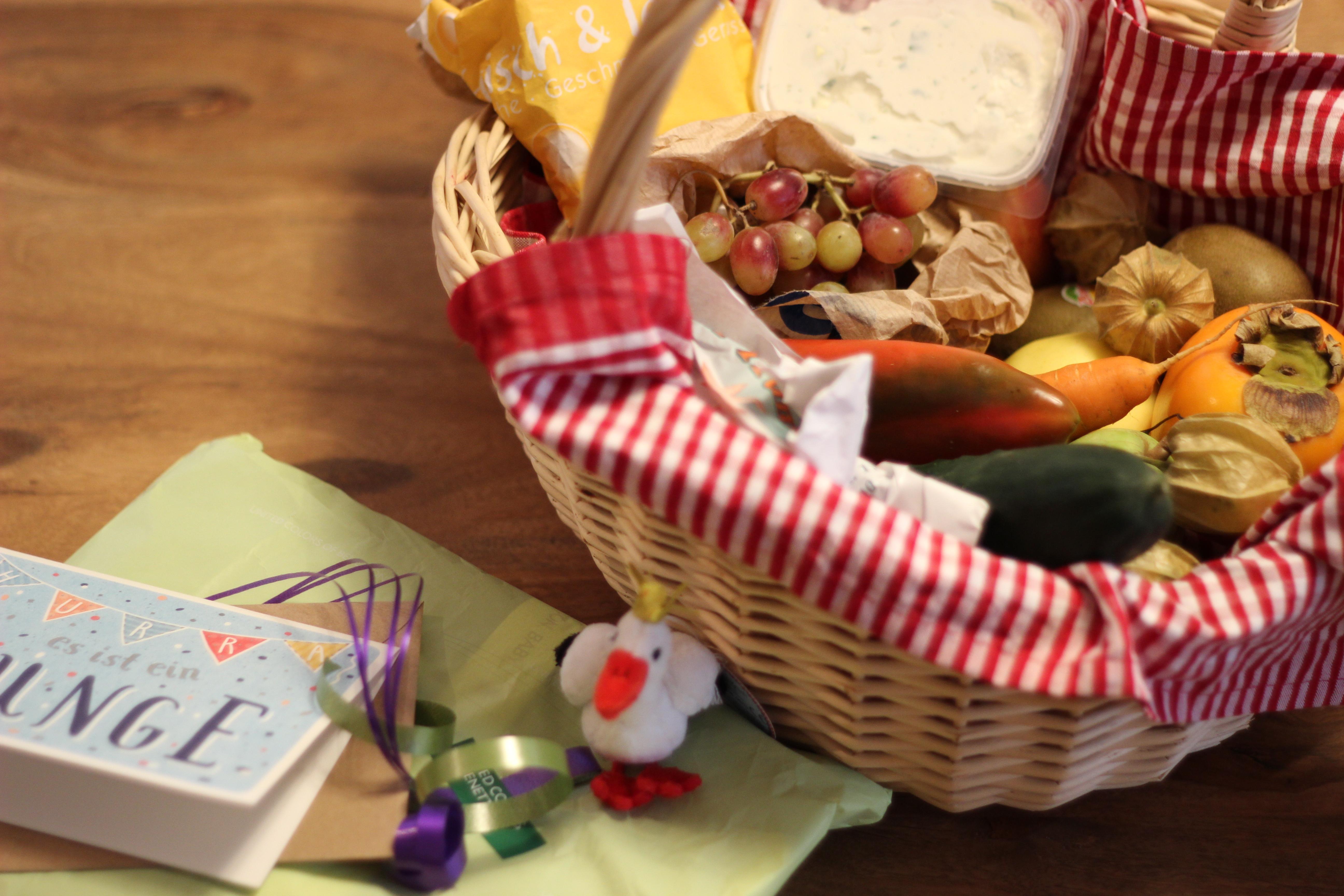 Geschenkekorb für den Nachwuchs