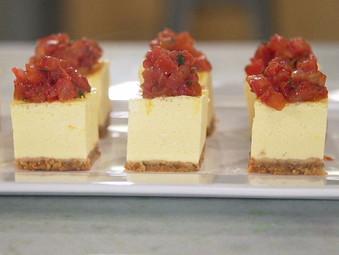 Cheesecake Salgado com Confit de Tomates
