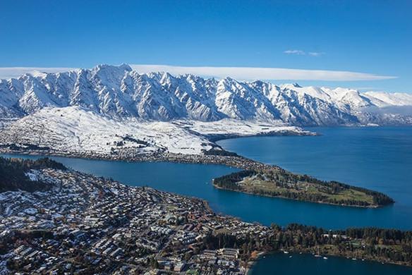 Ski-Ride-Snowboard-New-Zealand-Queenstow