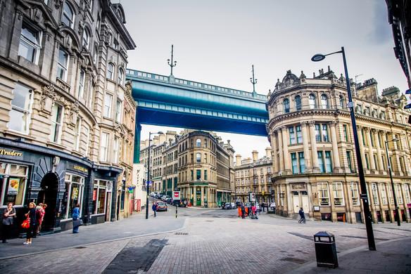 architecture-bridge-britain-92632.jpg