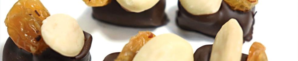 Ganache noire pralinée amande raisin