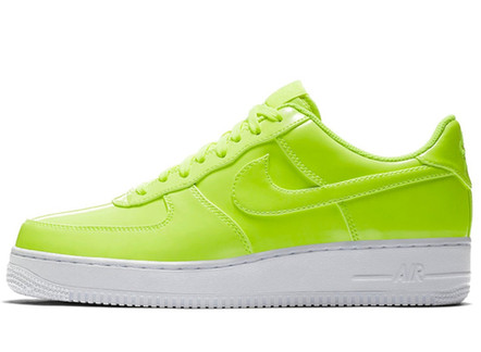 NIKE'S AIR FORCE 1 LOW LEATHER'S WILL MAKE YOUR FEET FEEL BRIGHT