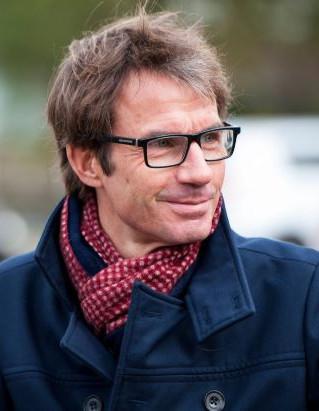 Prof Jan Peter van der Hoek