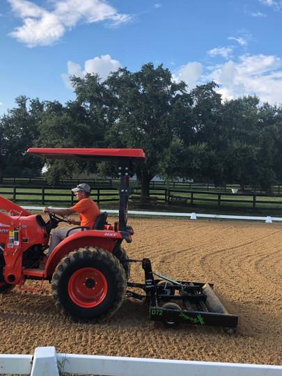 winter-oak-farm-arena-tractor.jpg
