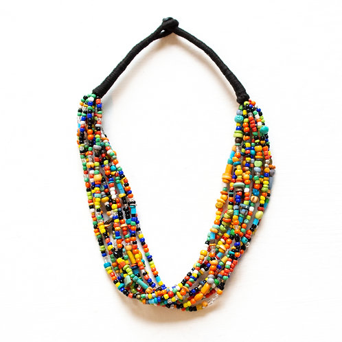 COLORFUL BEADED STATEMENT NECKLACE