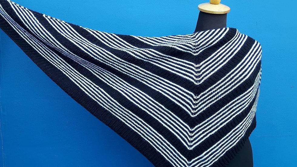 Black and white shawl kit