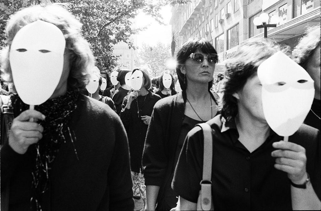 Mujeres por la vida (série Protestos)