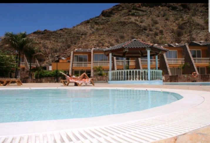 Villa Guisel (Tauro)