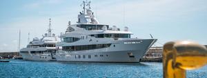 Luxury Yachts en Puerto Calero,Lanzarote | Ocean Charter Club