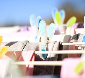 clothespins-619845.jpg