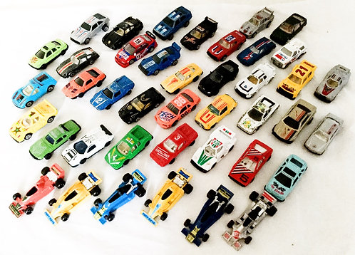 37 Die-cast Cars Mixed (Parts)