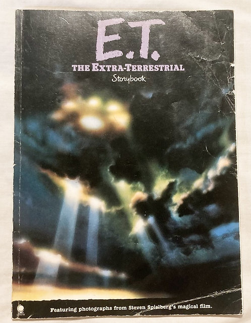 E.T. The Extra-Terrestrial Story Book 1982
