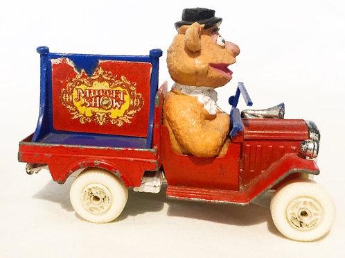 Muppet Show Fozzy Car Corgi 1979