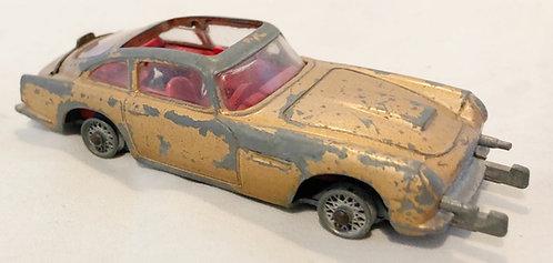 James Bond Aston Martin DBS5 Corgi 1965