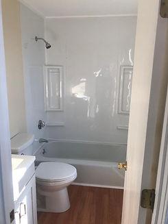 119 WHR-R Bathroom 1.jpg
