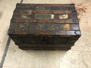 Steamer Trunk 1.jpg