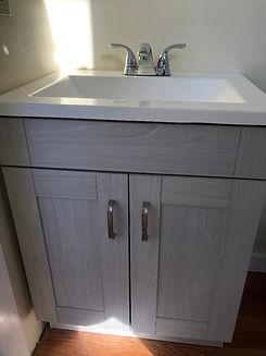 119 WHR-R Bathroom 2.jpg