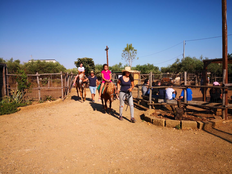 Giro a cavallo e sul pony