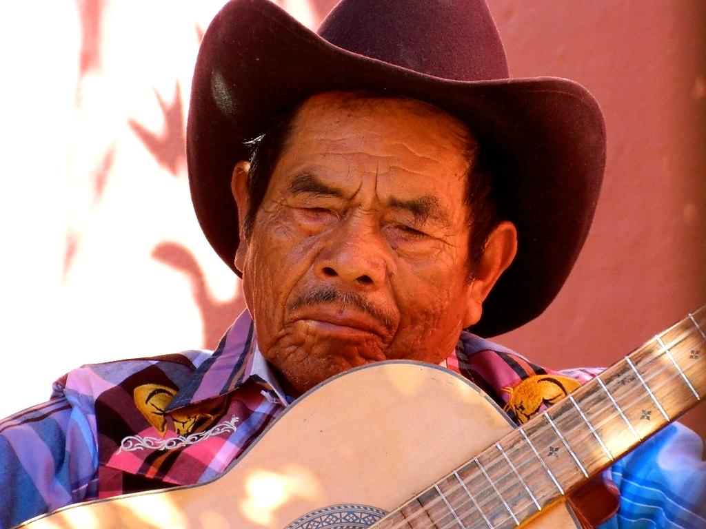 Street performer, San Miguel