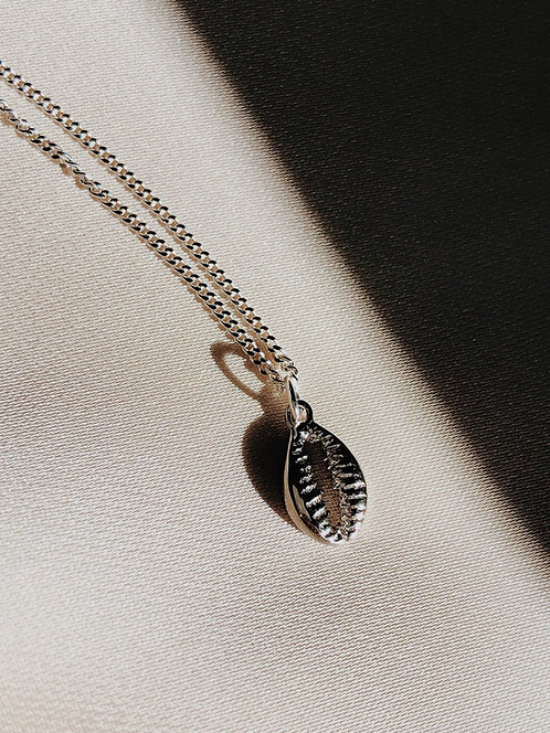 """Little Cowrie Shell"" Necklace"