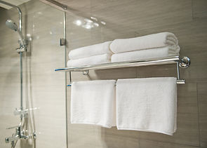 Ensuite Bathrooms with fresh towel and complimentary toiletries | The Capon Tree Townhouse