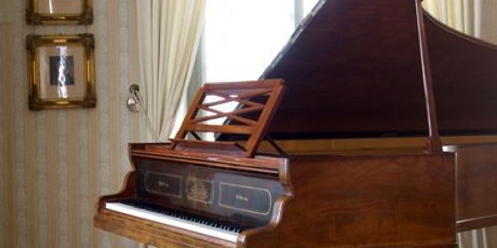 Wagner am Klavier in Luzern