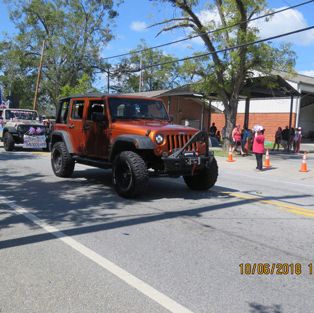 242 Jeep Copper-Bar.JPG