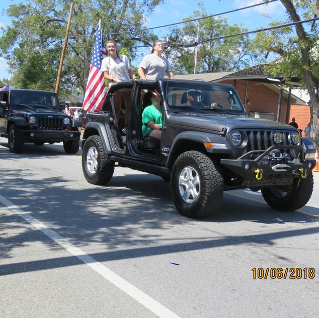 236 Jeep Mtl Gray.JPG