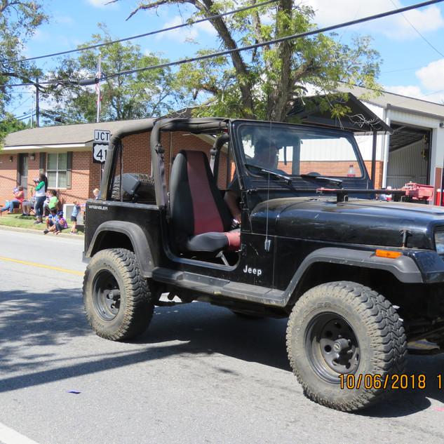 239 Jeep Dirt Black.JPG