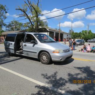 220 Chase Van.JPG