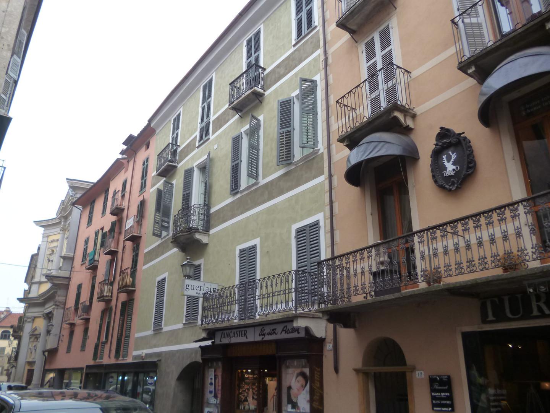 Riqualificazione facciata palazzo storic