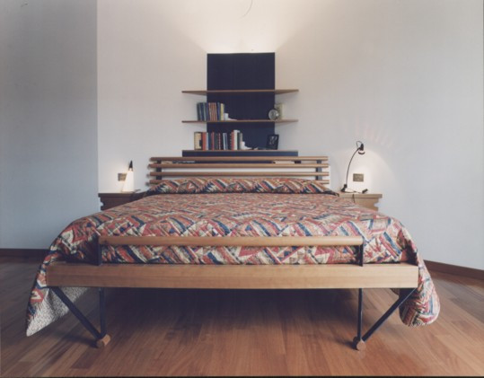 1995 letto casa MG 01.jpg