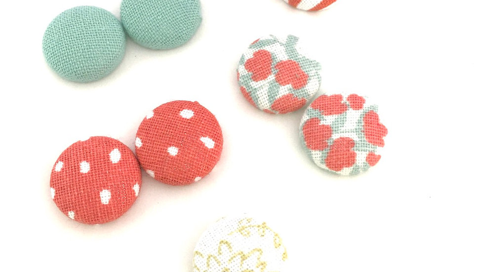 "TINYS ""Spring-ly"" Button Earrings Set"