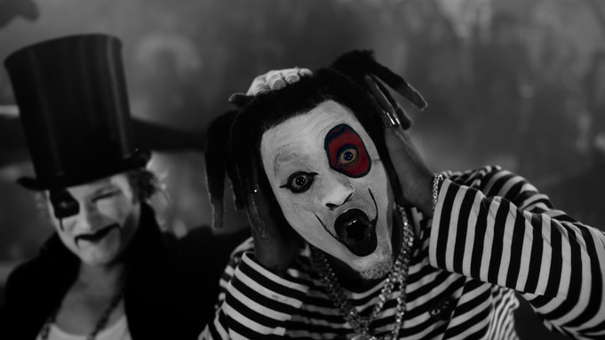 """DENZEL CURRY'S """"CLOUT CO13AIN"""" IS A THEATER OF PAIN IN THE CLOUT GAME"""