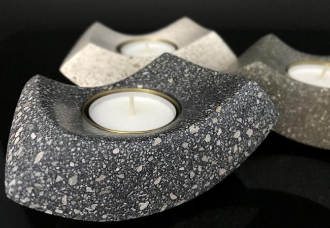 Black Concrete candle 1.jpg