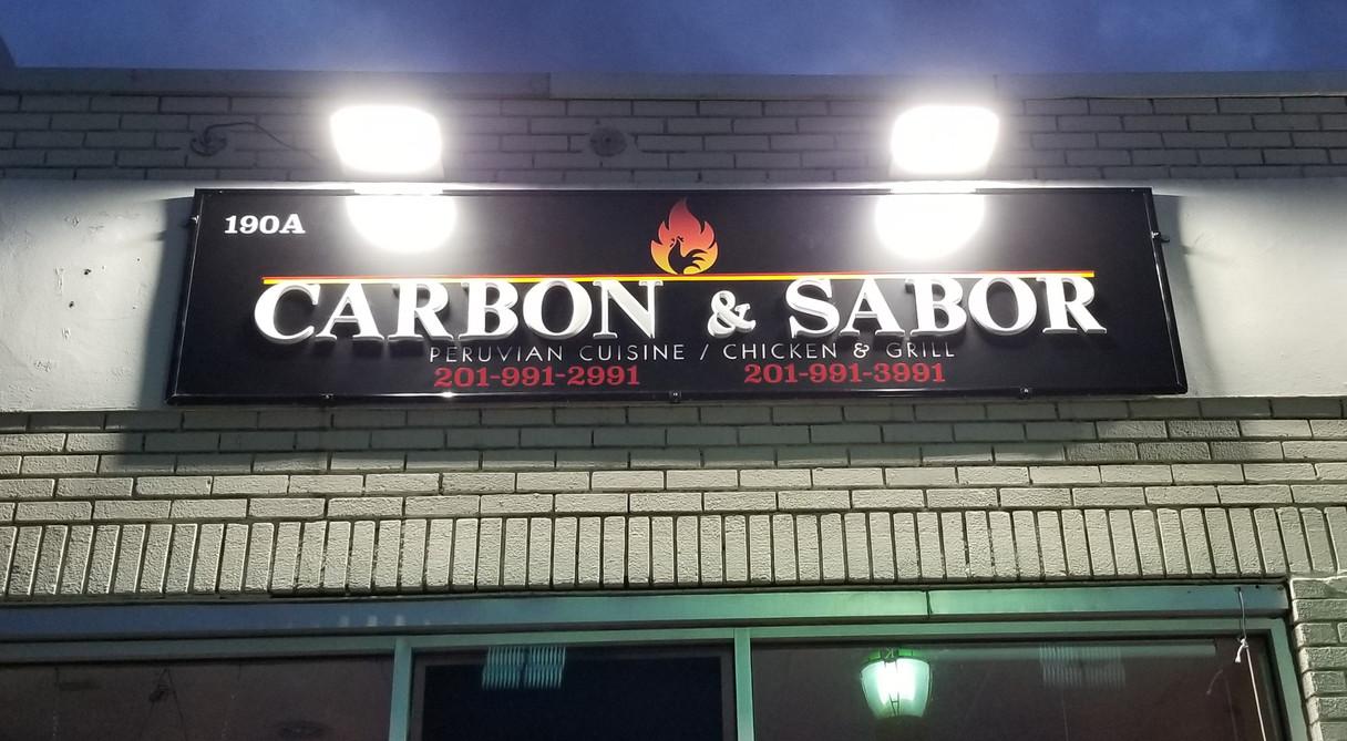 CARBON Y SAVOR.jpg