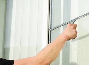 professional_window_cleaning_service.jpg