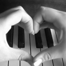 Piano_love.jpg