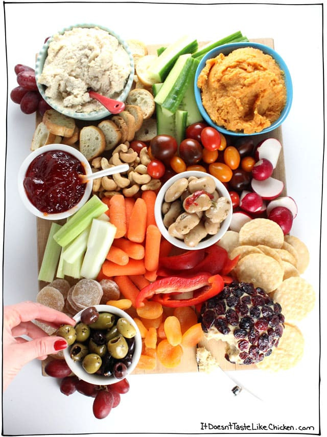 how-to-make-a-vegan-snack-board-recipe-c