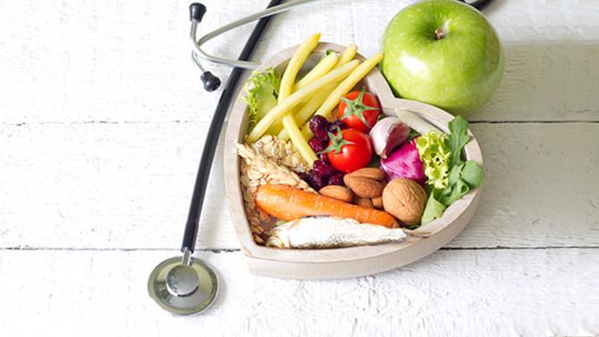 ¿Qué cambios puedo hacer para mejorar mi alimentación?