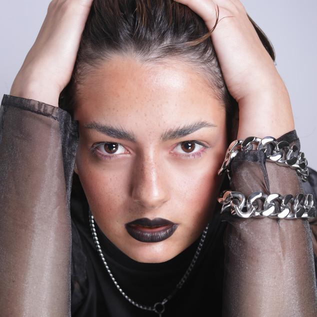 Model Simone Photo & Styling Anna Limacher