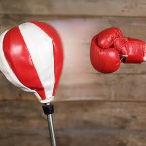 """""""Punching thérapie"""" : les avantages du sac de frappe pour évacuer le stress et gagner en confiance"""