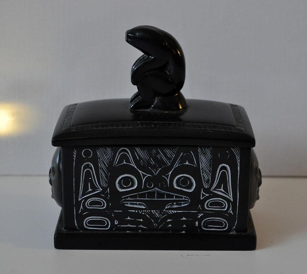 Inuit box