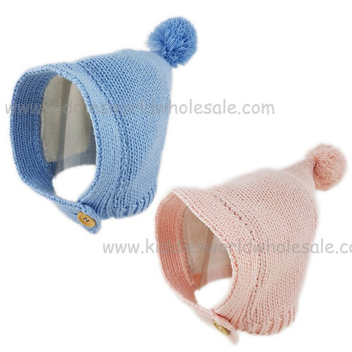 Knitted hat with button fastening